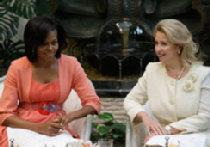 Редкая для первых леди России смесь власти и гламура Мишель Обамы оживит Москву picture