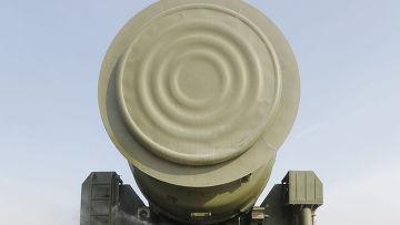 """Демонстрация ракетного комплекса """"Тополь-М"""" на полигоне Алабино"""