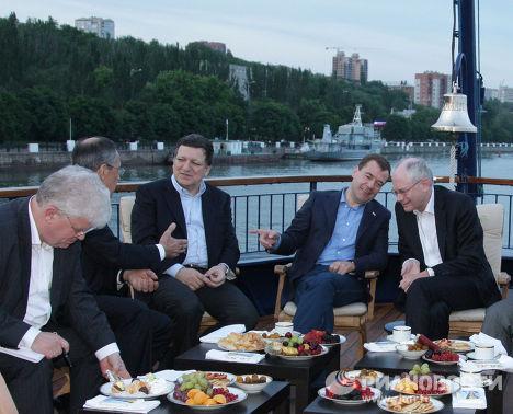 Д.Медведев, Х.Ромпей, Ж.Баррозу, С.Лавров