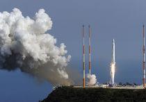 Корейская ракета-носитель космического назначения I (KSLV-I) взорвалась через несколько секунд полета