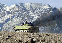 Trying to move mountains танк афганистан