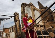 Разрушения в поселке Кыр-Арык