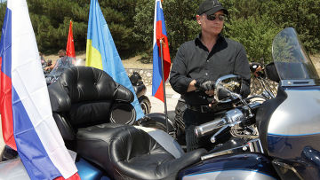 Владимир Путин на байк-шоу под Севастополем