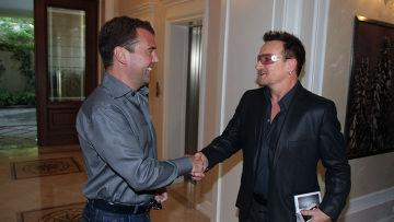 Д.Медведев встретился с Боно