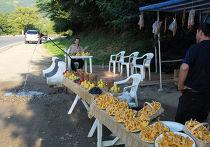 Грузия: торговля на дорогах