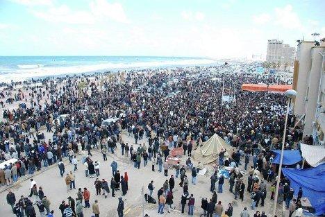 Акции сторонников и противников Каддафи в Ливии в феврале 2011 года