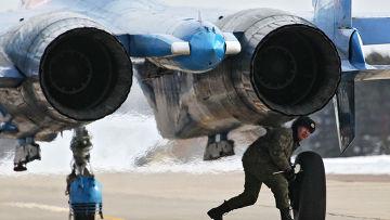 Тренировочные полеты пилотажных групп