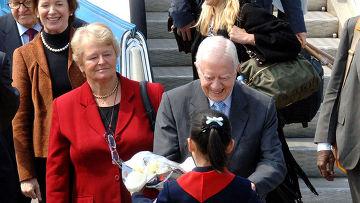 Бывший президент Джимми Картер прибыл во вторник в Северную Корею