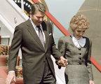 Президент США Рейган с супругой в аэропорту Внуково