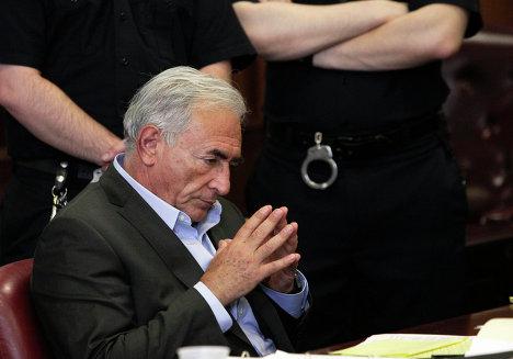 Доминик Стросс-Кан в зале суда