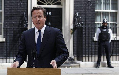 Премьер-министр Великобритании Дэвид Кэмерон по итогам заседания чрезвычайного комитета COBRA