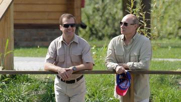 Д.Медведев и В.Путин в Астраханской области