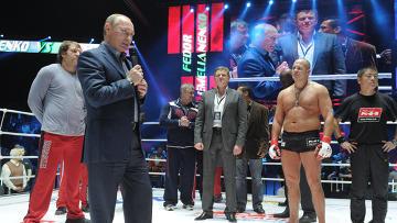 В.Путин посмотрел бой Ф.Емельяненко с Д.Монсоном
