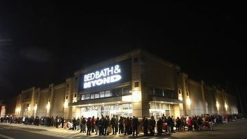 «Шопинг по-черному», или Начало рождественских распродаж в США