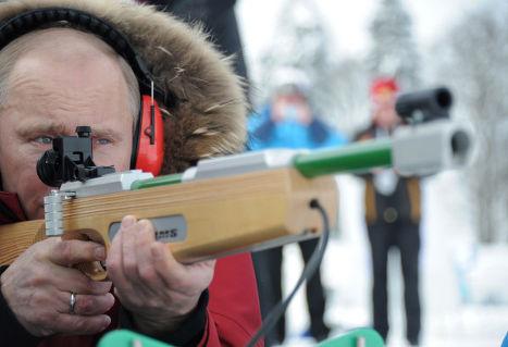 В. Путин на ЧР для паралимпийцев по лыжным гонкам и биатлону