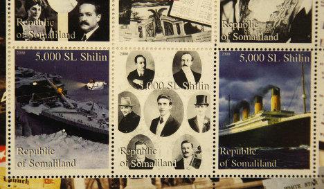 """Памятные марки, выпущенные в Сомали по случаю годовщины катастрофы """"Титаника"""""""