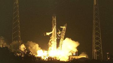 Запуск космического грузовика Dragon к МКС