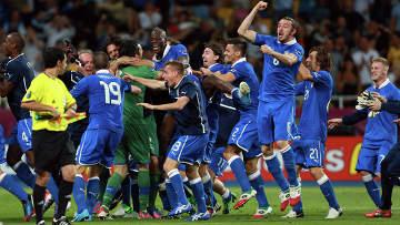 Футбол. ЕВРО - 2012. Матч сборных Англии и Италии