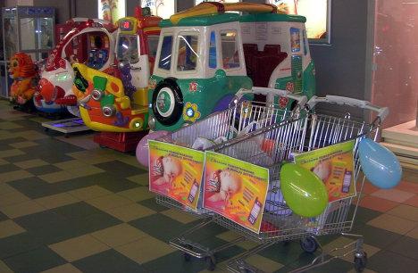 Улыбнись, малыш: брестские волонтеры собирают вещи для детдомов