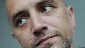 Писатель Захар Прилепин на книжном фестивале BookMarket в Центральном парке культуры и отдыха имени М.Горького.