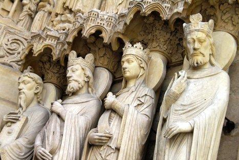 Статуи королей на соборе Парижской Богоматери