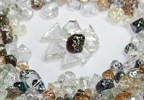Добытые в Якутии драгоценные камни