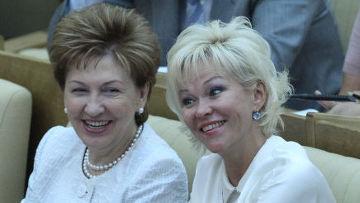 Галина Карелова и Татьяна Яковлева (слева направо)