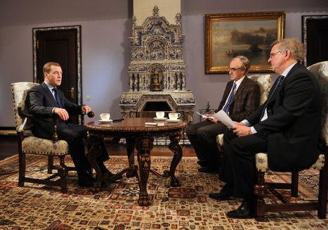 Интервью Дмитрия  Медведева представителям французских СМИ