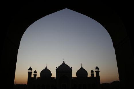 Мечеть Бадшахи в Пакистане