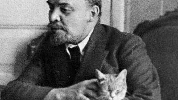 В. И. Ленин во время беседы с Л. Эйром