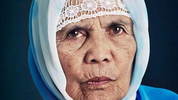 Фотопроект Яна Беннинга «Женщины для утешения»