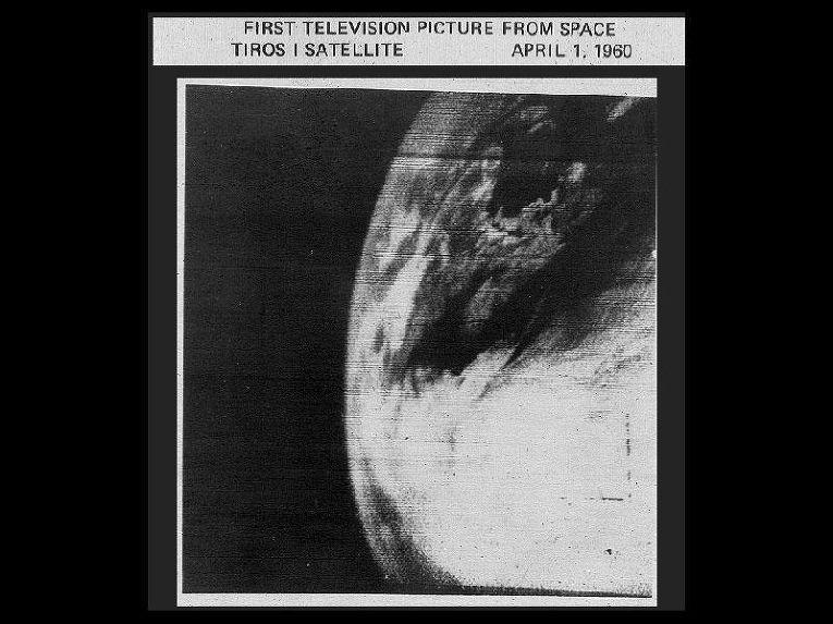 Первый снимок метеорологического спутника ТИРОС-1