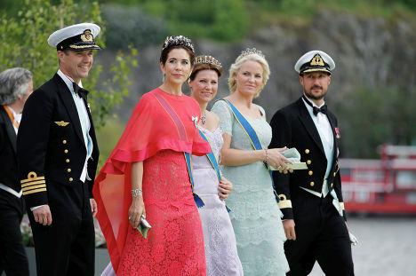 Гости на свадьбе шведской принцессы Мадлен и американского финансиста Кристофера О'Нила