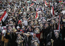 Митинг в поддержку свергнутого президента Моххамеда Мурси у мечети Рабия аль-Адавия