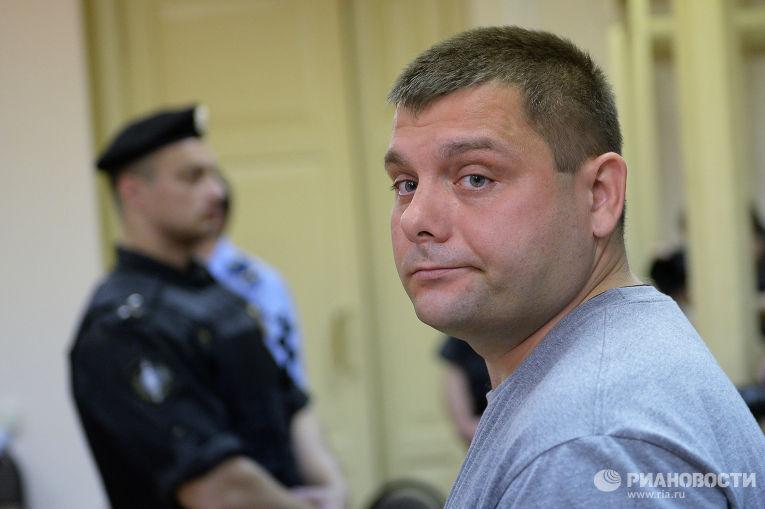 Бывший директор «Вятской лесной компании» Петр Офицеро в зале суда в Кирове