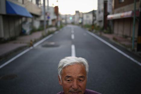 Житель эвакуированного города Томиока, префектура Фукусима, Наото Мацумура