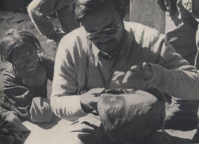 Изучение скальпа, хранящегося в монастыре Пангбоче