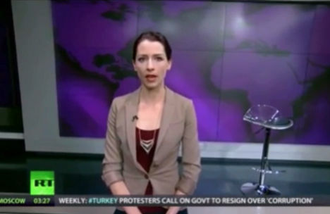 Ведущая RT Эбби Мартин осудила посягательство России на Крым