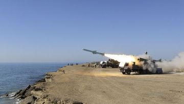 Испытания ракет в Иране, 2013 год