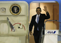 Барак Обама в аэропорту Токио