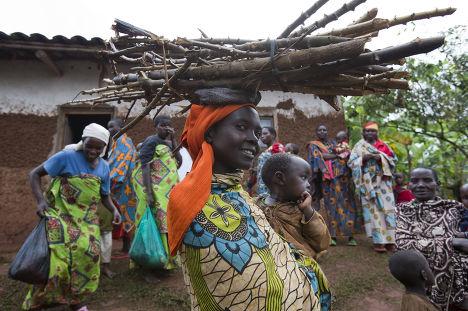 Деревня рядом с городом Каянзи в Бурунди