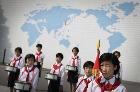 Открытие летнего сезона в детском лагере в КНДР