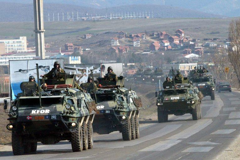 Солдаты НАТО в Косово