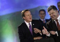 Премьер-министр Великобритании Дэвид Кэмерон и президент Украины Петр Порошенко на саммите НАТО в Уэльсе
