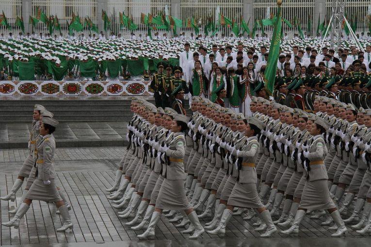 Парад в честь 20-летия независимости Туркменистана