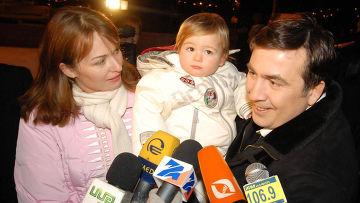 Михаил Саакашвили с супругой Сандрой Руловс