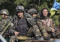 Украинские военные рядом с деревней Шаканка