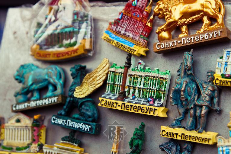 Сувениры в Санкт-Петербурге