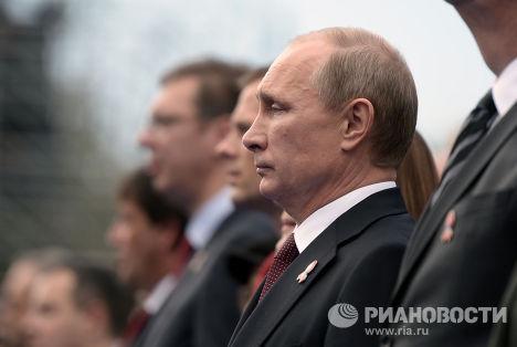Владимир Путин на военном параде, посвященном 70-летию освобождения Белграда от немецко-фашистских захватчиков