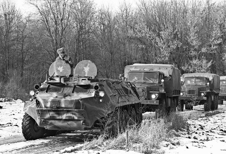 Автомашины вывозят ядерные боеголовки с территории Украины